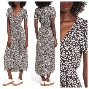 Billabong Black and White Floral Dress Size small